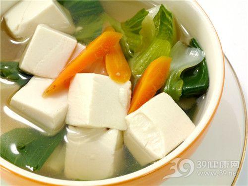 豆腐可防癌抗衰老 如何搭配更营养