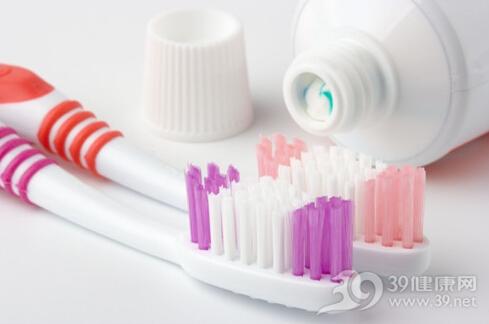 几种好习惯让你的牙齿用到100岁