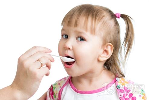 女孩同服2种感冒药意外死亡 儿童用药警惕8个误区