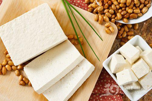 罗斌:多食大豆食品对乳癌病人有好处