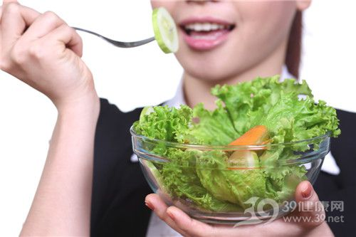 青年 女 沙拉 生菜 蔬菜_ 19387408_xxl