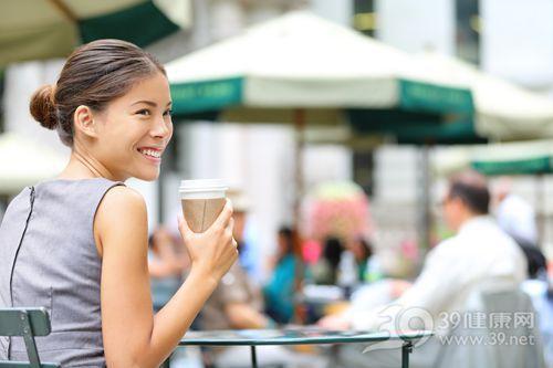 青年 女 咖啡 喝东西 咖啡室 纸杯_31242832_xxl