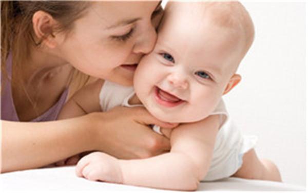 请问应该怎么帮助孩子控制癫痫病呢?