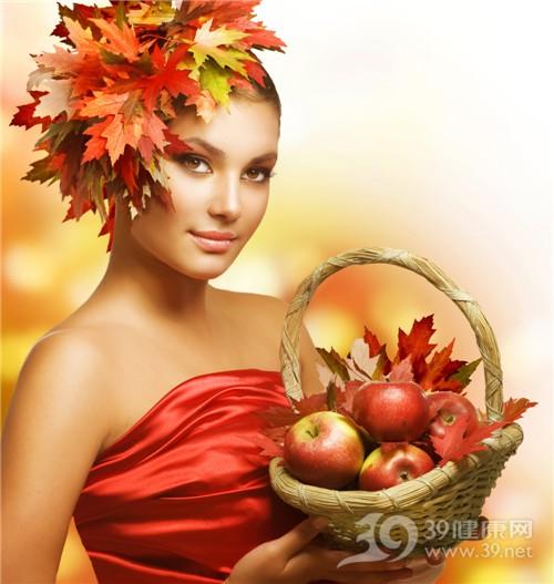 青年 女 秋天 季节 树叶 枫叶 苹果_10688979_xl