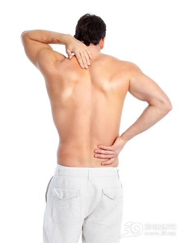 青年 男 疼痛 脖子痛 腰痛