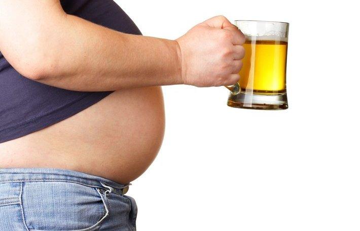 酒精是一个主要的敌人!节食+锻炼是减肥的铁律。