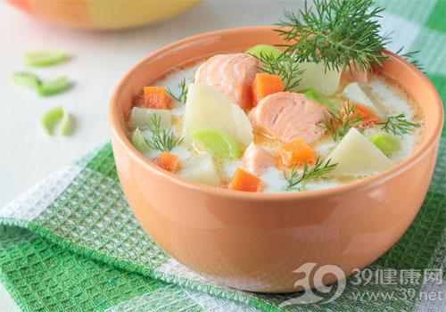 鱼汤虾米节瓜汤
