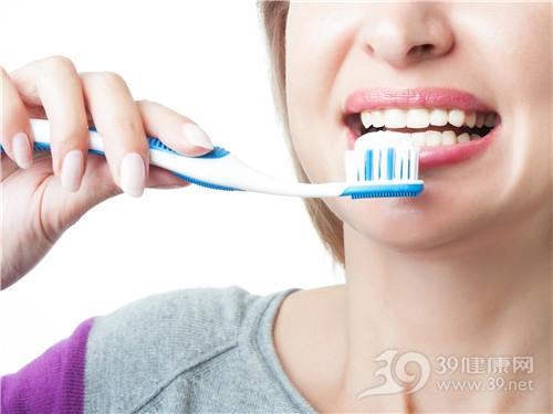 青年 女 刷牙 牙刷 牙膏_31298102_xl