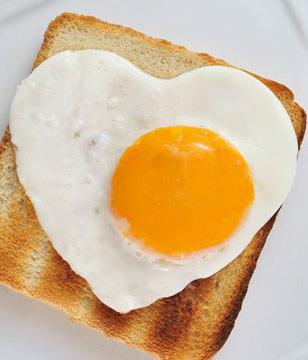 鸡蛋-煎蛋-荷包蛋-早餐-蛋黄-面包_13545658_xl