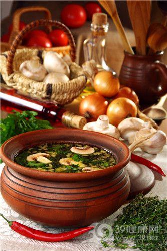 汤 蘑菇 蘑菇汤 洋葱 辣椒_10297705_xxl