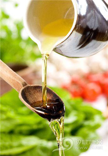 油 食用油 植物油 动物油 油脂_14081345_xl