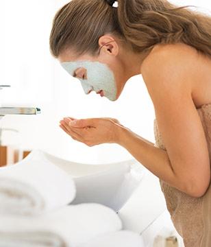 敷完面膜要洗脸吗?很多人做错!