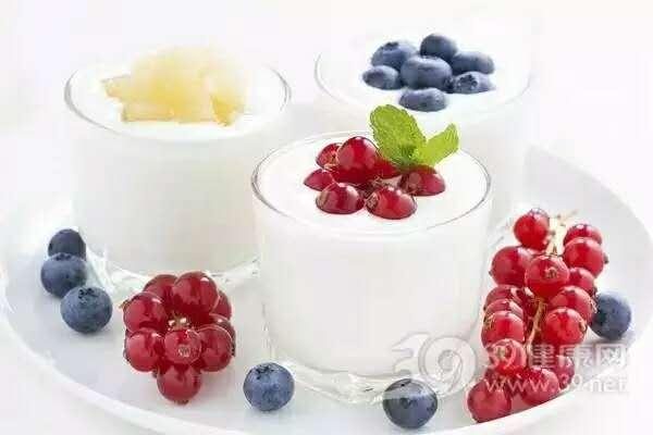 牛奶 水果