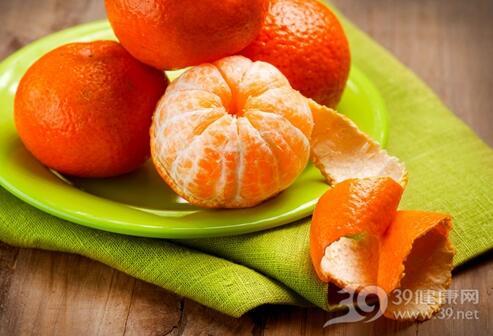 冬季橘子正当季 吃橘子止咳润肺又提神