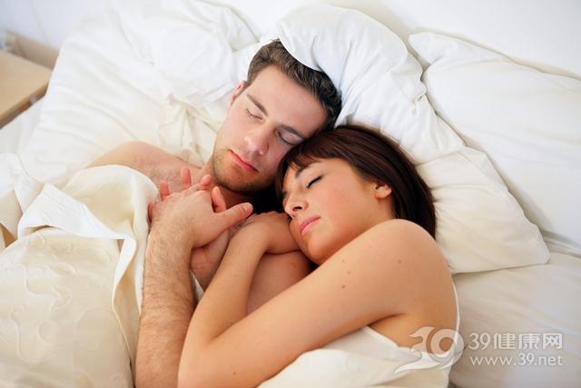 青年 男 女 夫妻 情侣 爱情 睡觉 睡眠_13881855_xxl