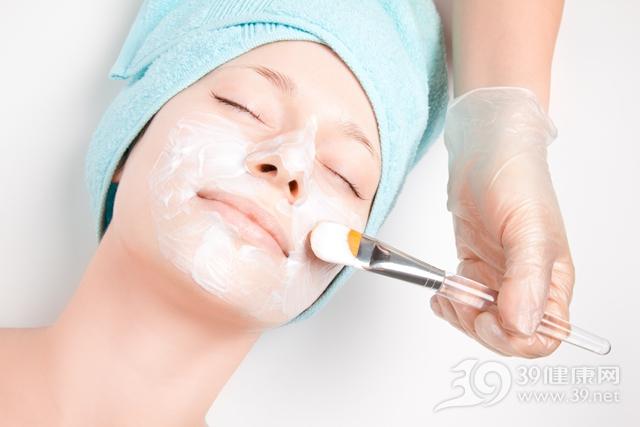 青年 女 美容 护肤 面膜 美容院_9191023_xxl