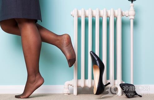 冬季穿打底褲容易面板瘙癢