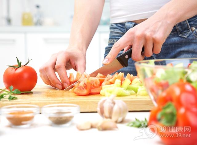 烹饪 切菜 西红柿_15884848_xxl