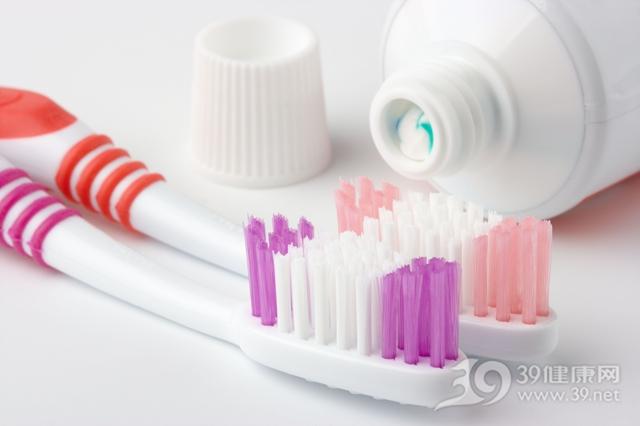 如何科学刷牙?饭前刷还是饭后刷呢?