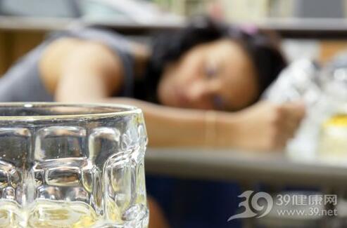 睡觉能美容?这15种睡觉方式让你老得更快