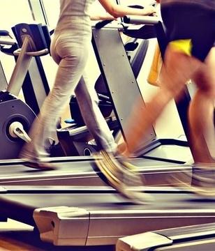 朋友圈流行晒步数 一味地暴走对身体真的有益吗?