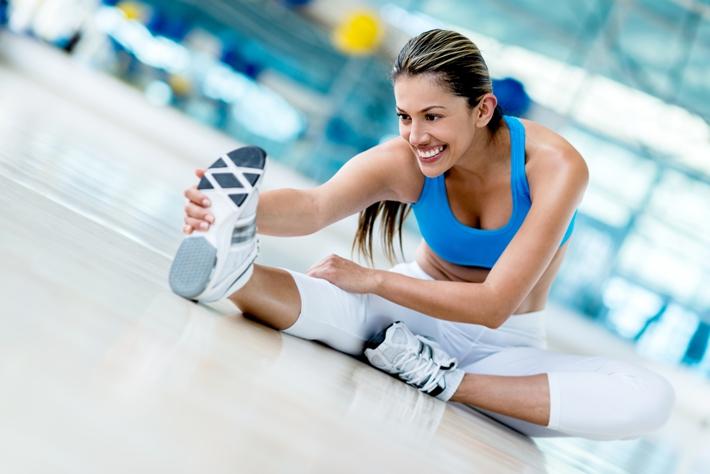 青年 女 热身 运动 压腿 拉筋_20600510_xxl
