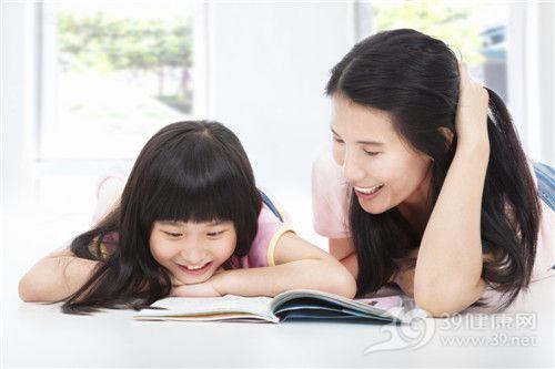 孩子 女 母亲 亲子 读书 看书 学习_19063363_xxl