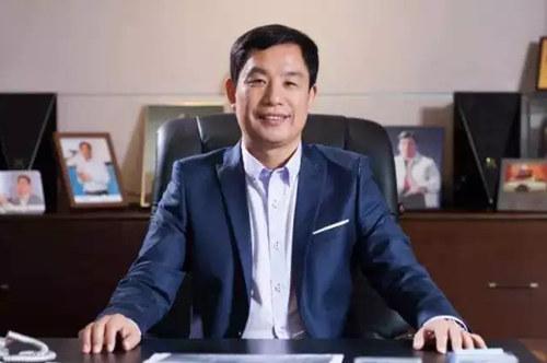 十二届全国人大代表老百姓大药房连锁股份有限公司董事长 谢子龙_副本