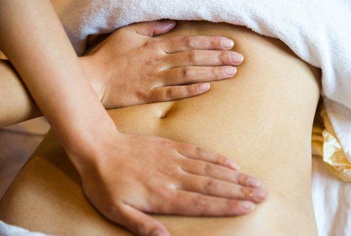 青年 女 腹部 按摩 美容 减肥 推脂 肚子_13710205_xxl