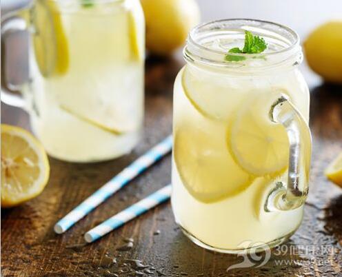柠檬水除了美容还有这些功效