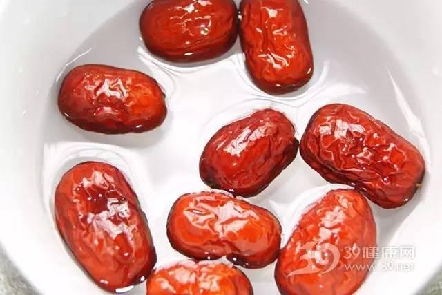 四类女性经期不可以吃红枣
