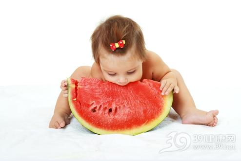 给宝宝吃水果要注意这几件事
