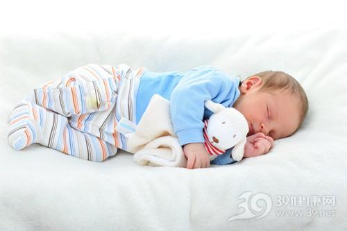孩子 婴儿 睡觉 睡眠 床 玩具 衣服_ 12393253_xxl
