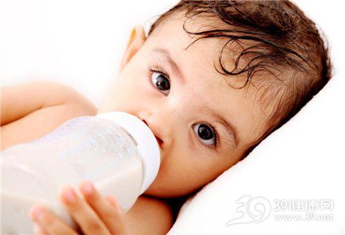 孩子 牛奶 奶瓶 喝牛奶_7549707_xxl