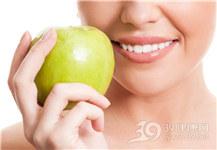 青年 女 苹果 牙齿 美白_13895712_xxl