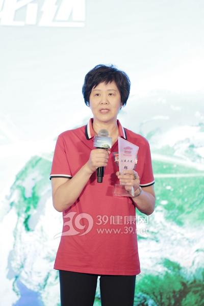 中国女排总教练郎平女士