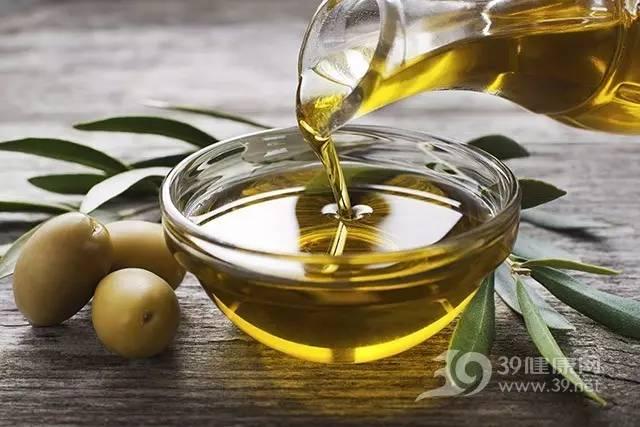 """富含饱和脂肪的椰子油是""""安康食物""""?言之尚早!"""