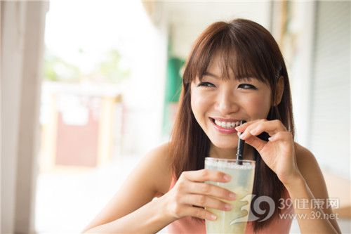 胶原蛋白除了美容,还有什么功效?
