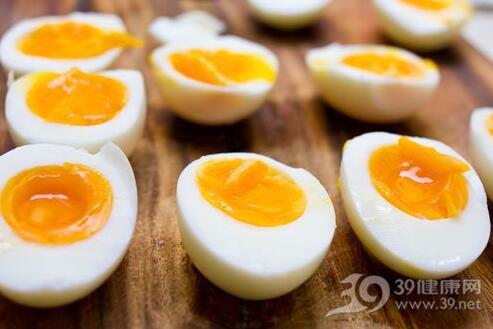 鸡蛋煮多久才最好吃?怎么煮菜最营养?