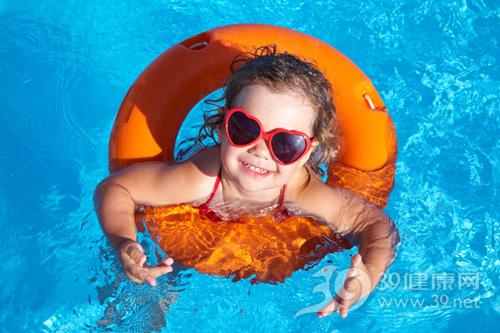 儿童夏季玩水枪注意2个安全要点