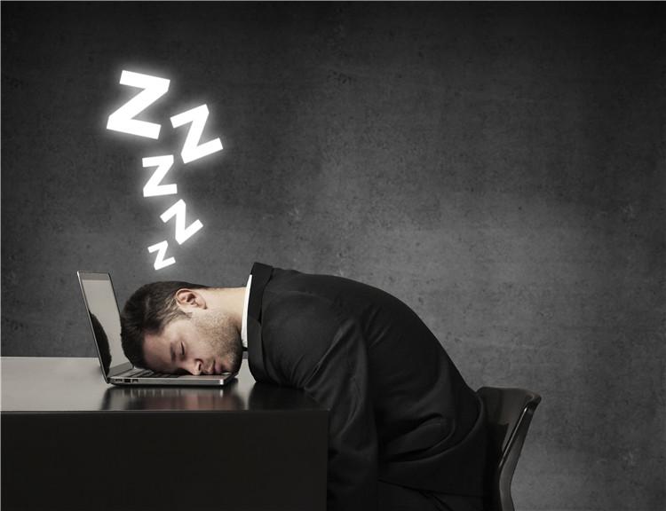 青年 男 睡觉 睡眠 电脑_19063109_xxl