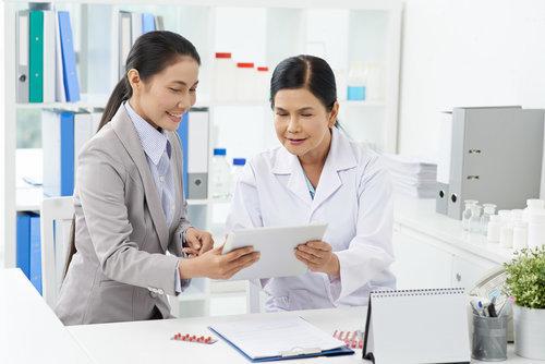 中国医师协会妇产科医师分会副会长