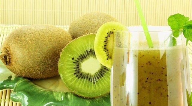 吃这三种水果,加重你的老胃病
