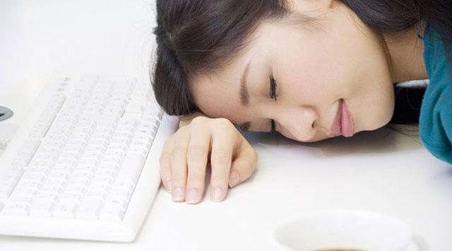 明明午睡了为啥这么累?午觉多久最健康?