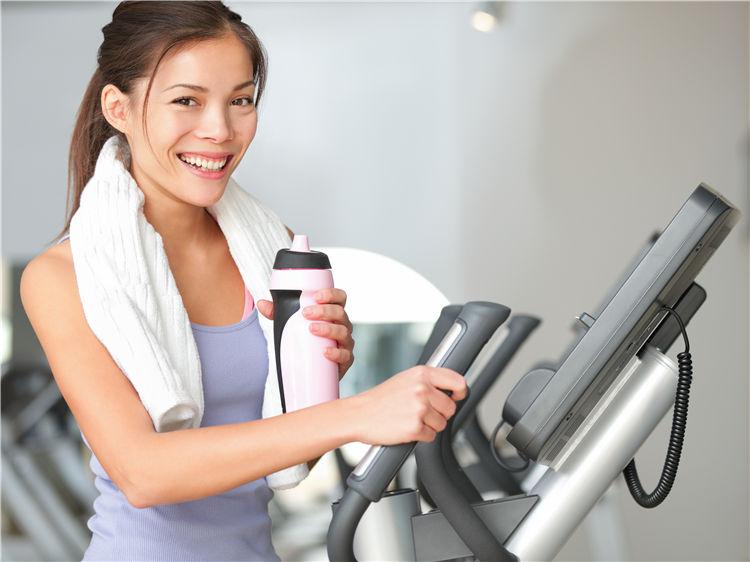 青年 女 运动 健身 喝水 健身器材_16663947_xxl