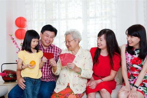 2. 血友病儿童和康康、小八结伴健康成长_meitu_2