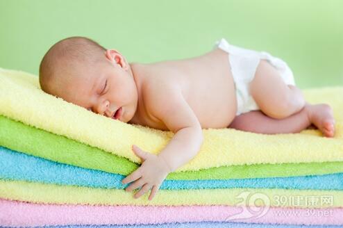 新生儿居家要警惕7大潜在危险