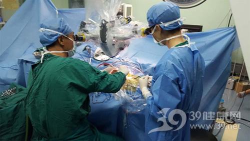全程清醒下脑膜瘤切除手术
