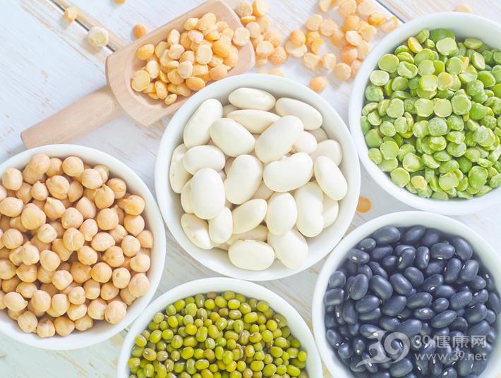 蔬菜生吃更营养?这几种生吃如服毒,再好吃也别冒险!