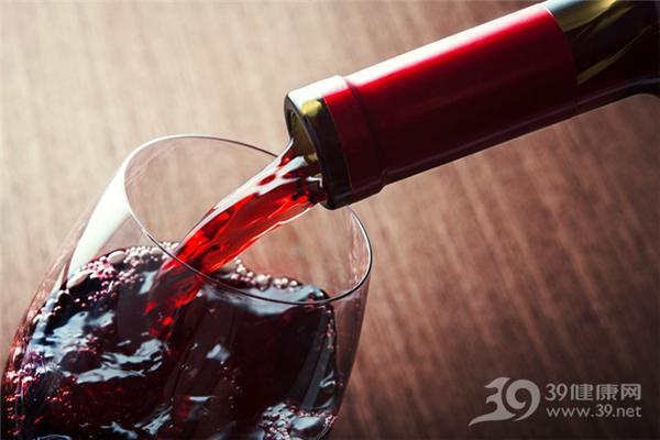 喝红酒可以软化血管?实验证明每天得喝260瓶!
